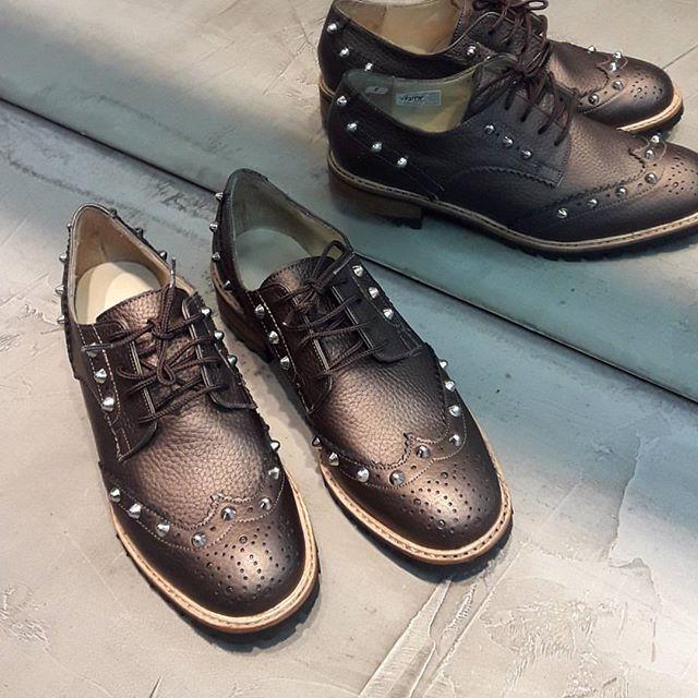 Zapatos abotinados mujer invierno 2019 de Calzados Valerio