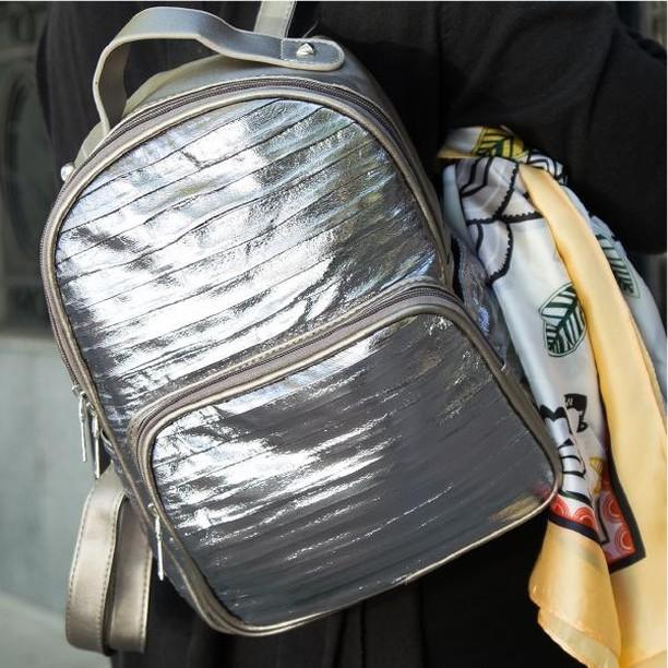 mochila metalizada invierno 2019 Nina Piu