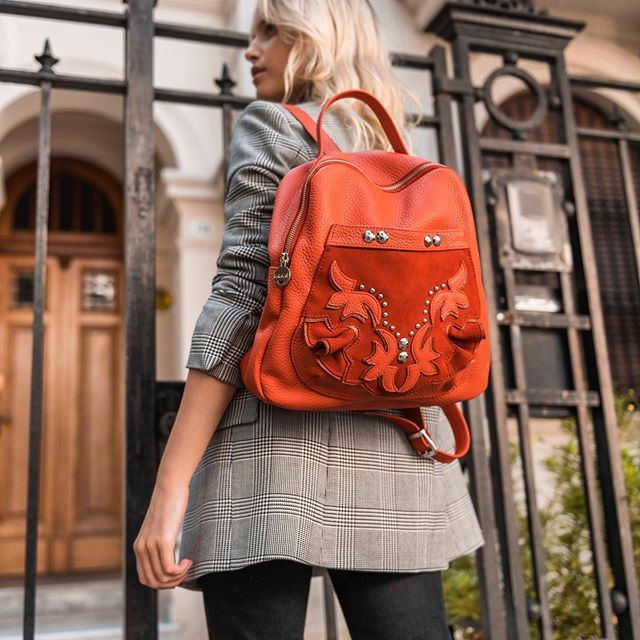 mochila roja de cuero invierno 2019 Katakali