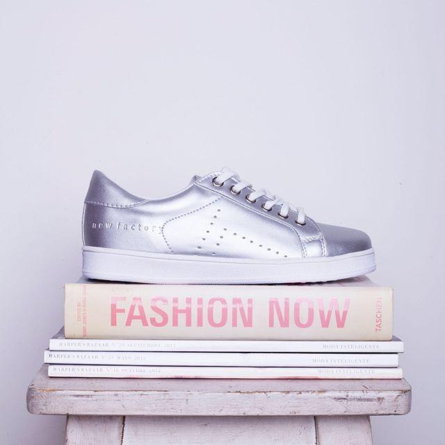 zapatillas plateadas invierno 2019 New Factory