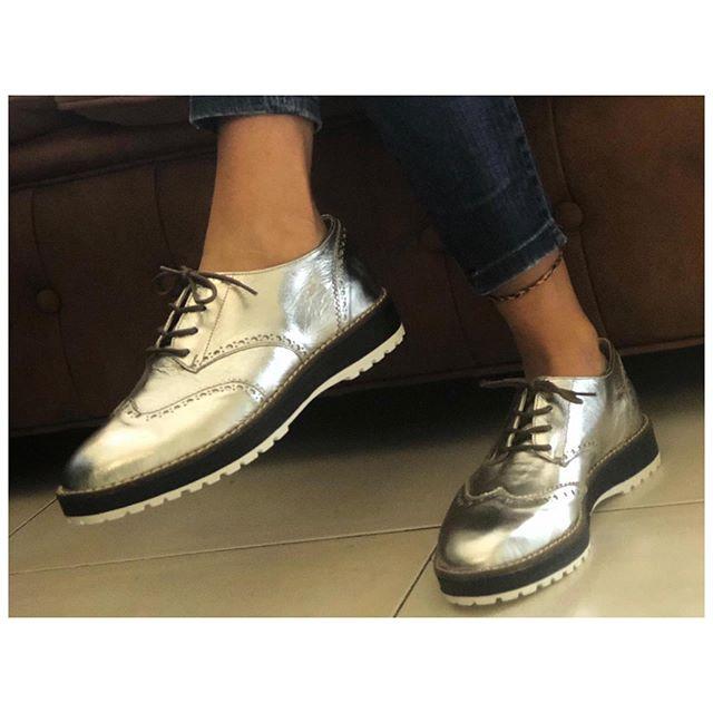 zapato plateado invierno 2019 Chiarini