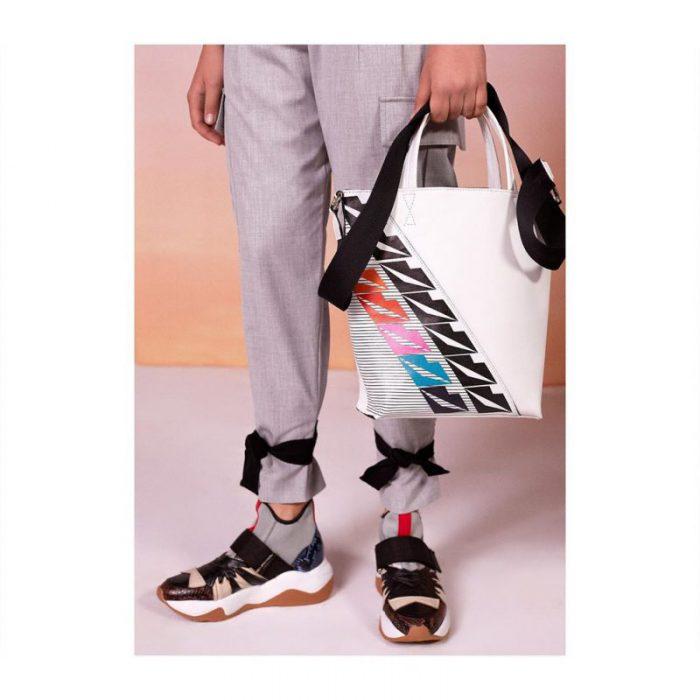 carteras y zapatos vanguardistas verano 2020 Jazmin Chebar Argentina