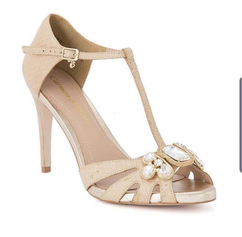 sandalias doradas verano 2020 Carmen Steffens