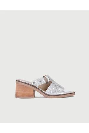 Sandalias metalizadas primavera verano 2020 VIAMO