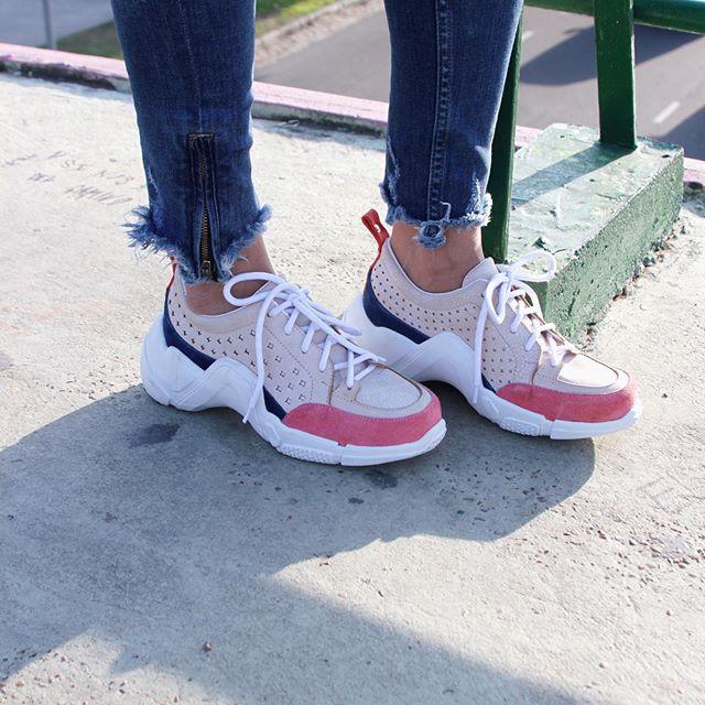 Zapatilla urbana estilo deportivo mujer verano 2020 Corre Lola