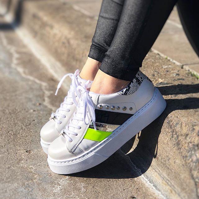 Moda urbana y zapatillas para mujer | INVAIN