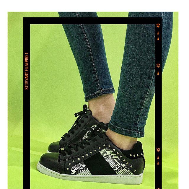 Zapatillas negras verano 2020 Luna Chiara