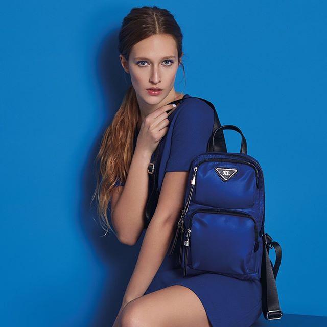 mochila azul verano 2020 XL extra Large