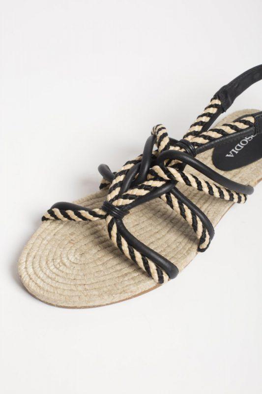 sandalia de rafia con tiras finas primavera verano 2020 Rapsodia