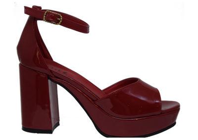 sandalia roja alta Sandalias rojas Luis XV Kaitz verano 2020