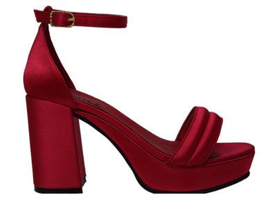 sandalia roja de raso Sandalias rojas Luis XV Kaitz verano 2020