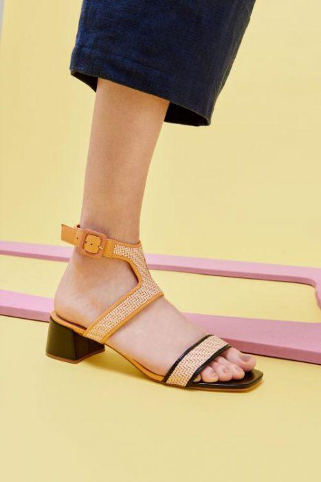 sandalia taco medio primavera verano 2020 Mishka