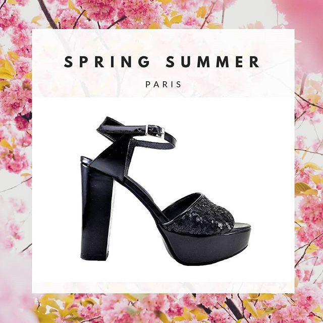 sandalias con plataformas y lentejuelas verano 2020 Micheluzzi