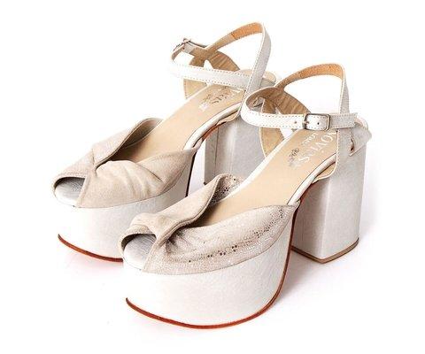 sandalias novias con plataformas 2020 LOMM