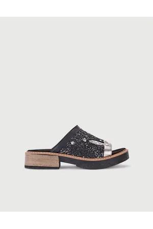 sandalias planas con brillos primavera verano 2020 VIAMO