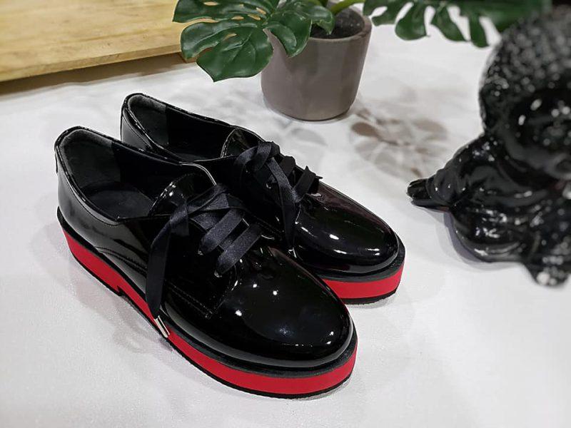 zapatos abotinados mujer base roja primavera verano 2020 Calzados Micaela