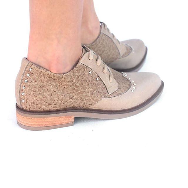 zapatos abotinados verano 2020 Lucia Febrero
