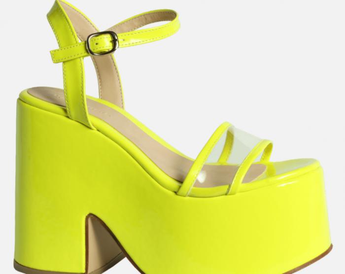 Sandalias con platafomras amarillas verano 2020 Kate Kuba