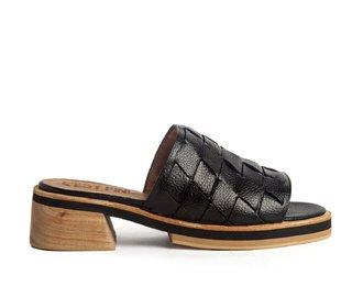Sandalias negras Cestfini primavera verano 2020