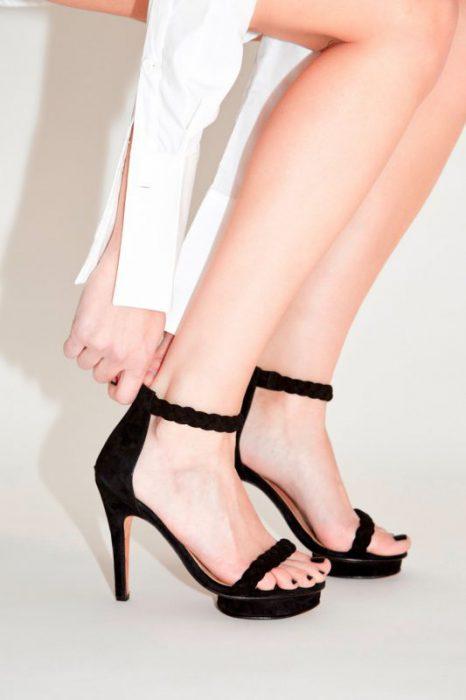 sandalias negras altas noche de fiesta verano 2020 Valdez