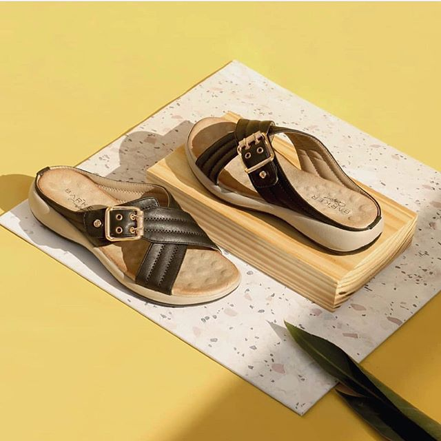 sandalias negras planas linea confort verano 2020 Barker