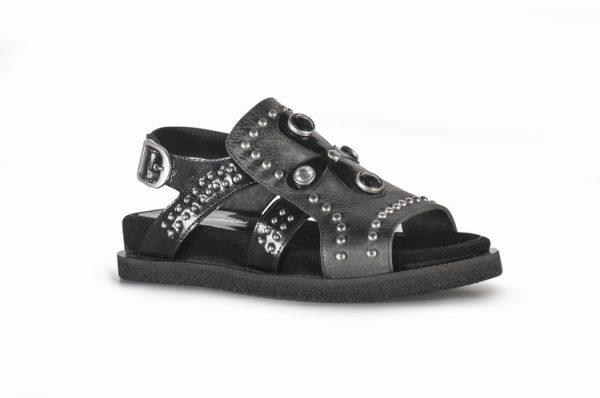 sandalias negras planas
