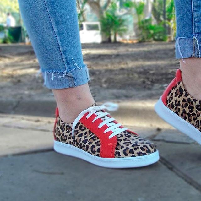 zapatillas animal print para mujer primavera verano 2020 Laura Di Nizo Calzature