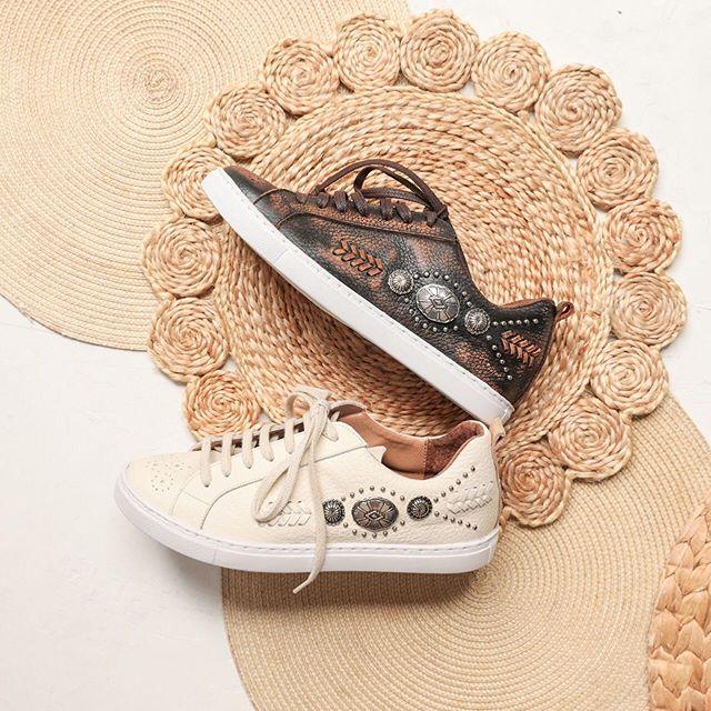 zapatillas de cuero primavera verano 2020 Clara Barcelo