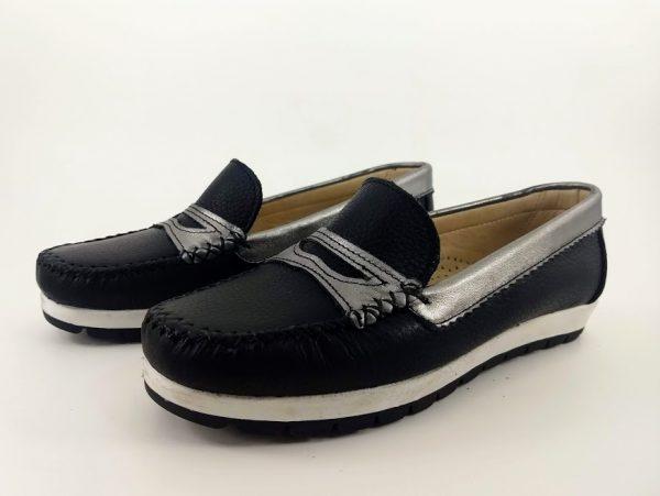 zapatos mocasines negros y plateados para mujer primavera verano 2020 Laura Di Nizo Calzature