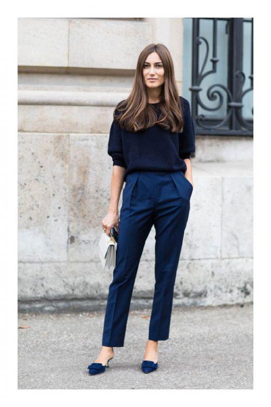 look azul con zapatos azules