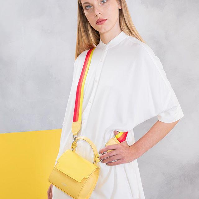 minibag amarilla roja Lazaro verano 2020