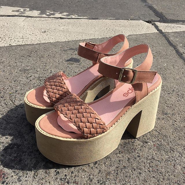 sandalias con plataformas verano 2020 Calzados Tops
