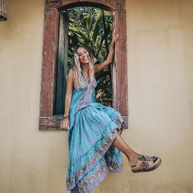 sandalias de cuero bordadas verano 2020 Las Motas