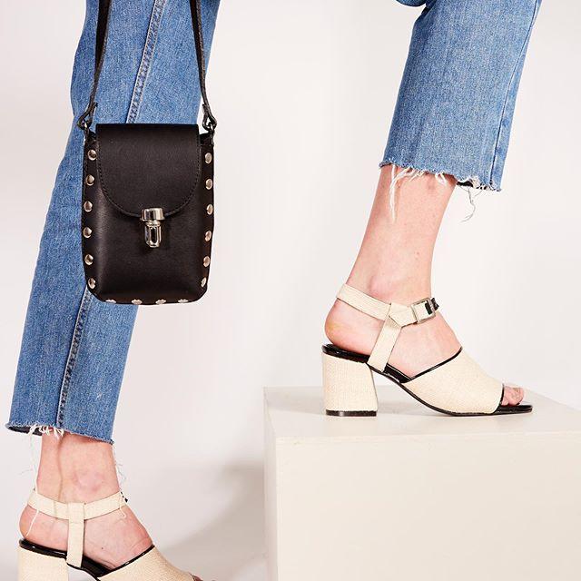 sandalias negras y crema verano 2020 Chao Shoes