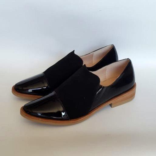 zapatos negros nude verano 2020 Carina Iribarren