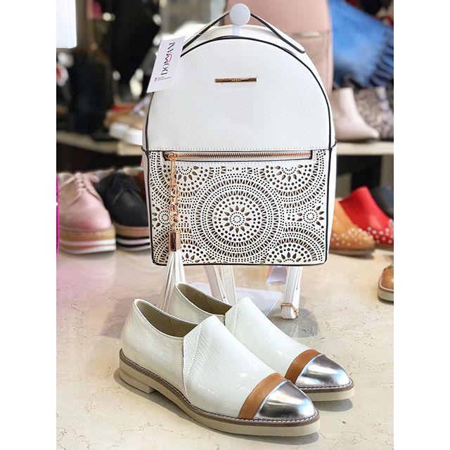 zapatos punta plateada verano 2020 Calzados Domani