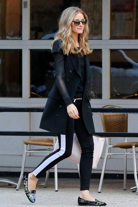 look casual elegante con calzas y mocasines