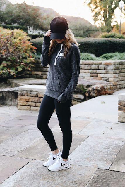 look spoty con leggings