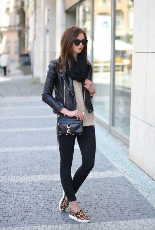 outfits con calzas y panchas leopardo