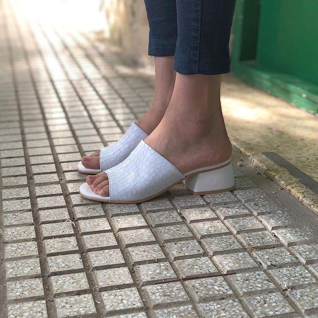 sandalais blancas primavera verano 2020 Tomas Cane