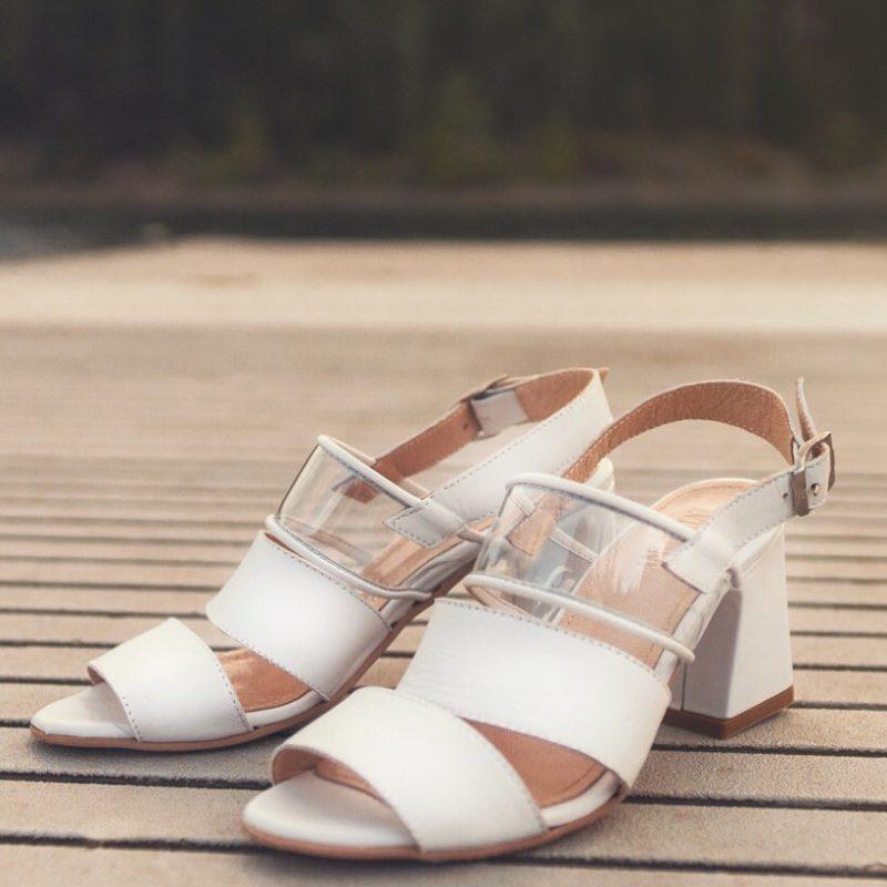 sandalias blancas Anunziatta verano 2020