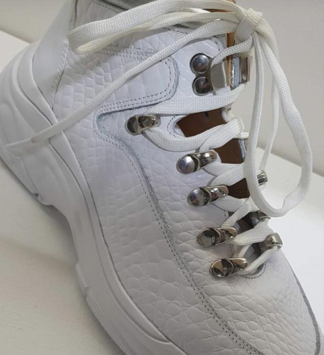 Zapatillas botitas blancas invierno 2020 Laura Constanza