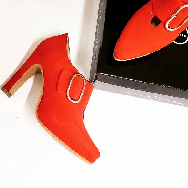 Zapatos con taco alto rojo invierno 2020 ALfonsa Bs As