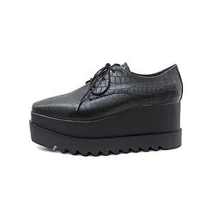 zapatos abotinados con plataformas invierno 2020 Viento y Marea