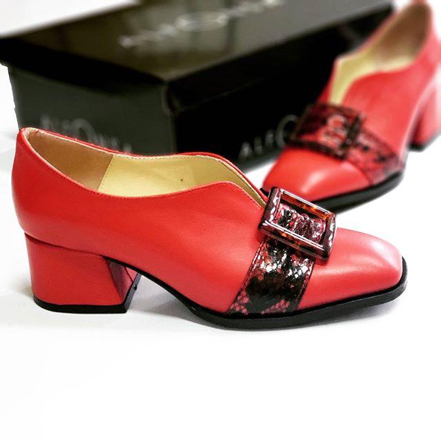 zapatos rojos taco bajo invierno 2020 ALfonsa Bs As