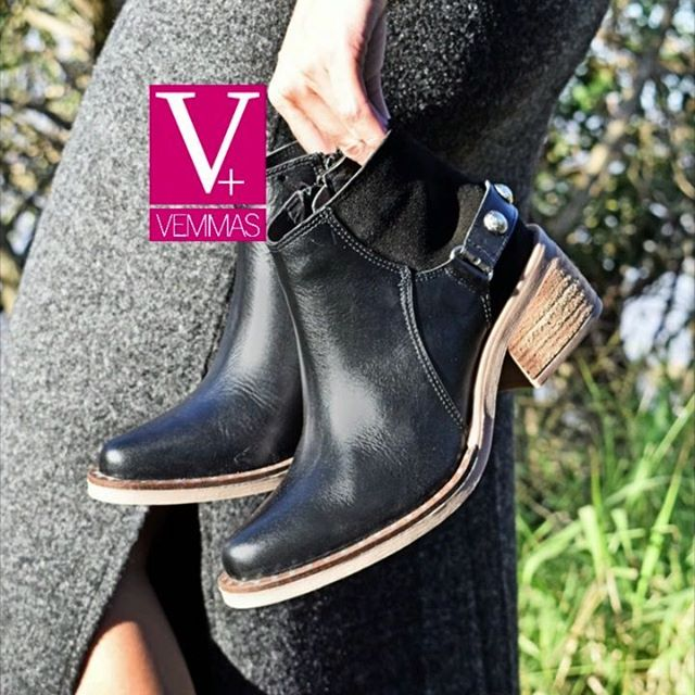 Botas negras con taco invierno 2020 Calzado Vemmas