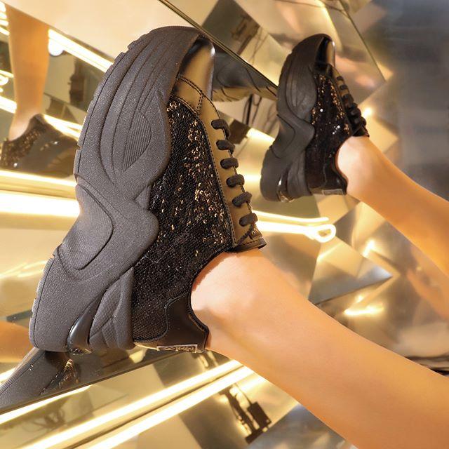 zapatillas negras invierno 2020 Ricky Sarkany