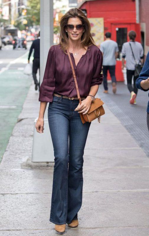 Jeans oxford con botitas marrones