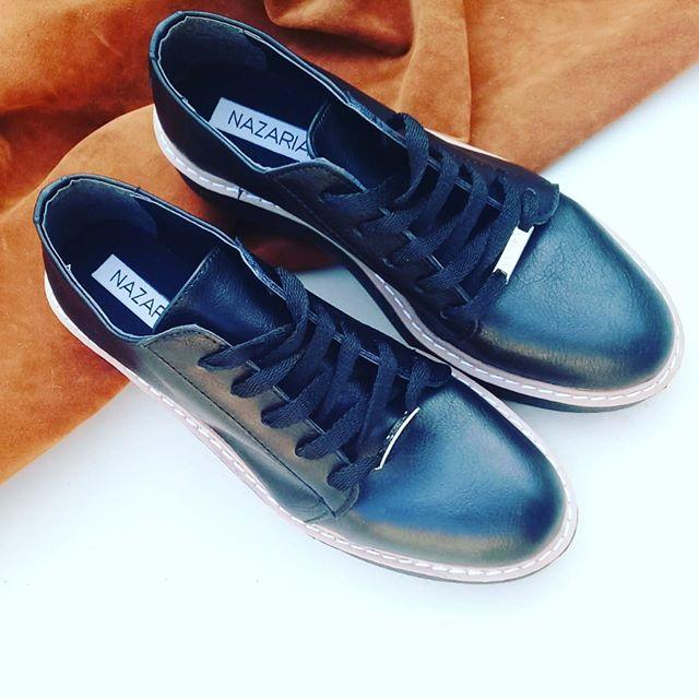 Zapatillas de cuero negras para mujer invierno 2020 Nazaria