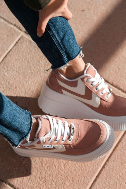 zapatillas urbanas de mujer con base alta